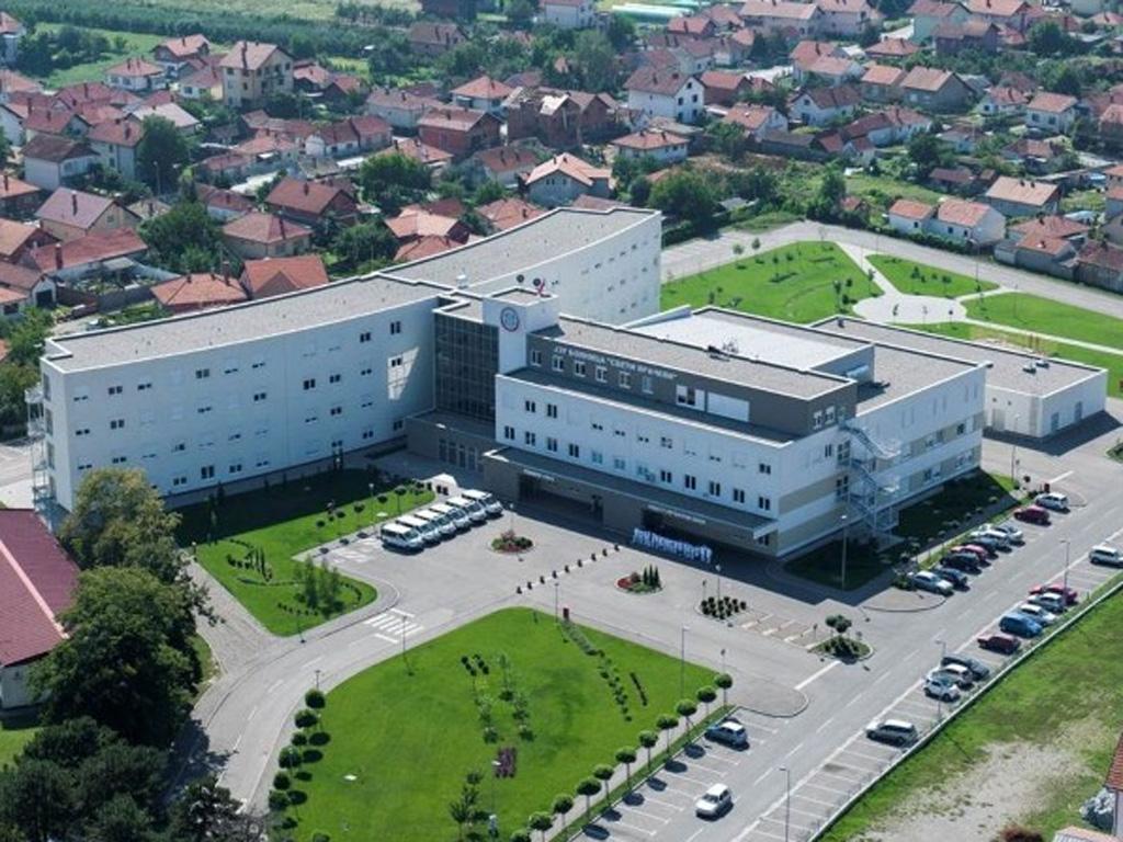 Bolnici u Bijeljini doniran ultrazvučni kolor dopler aparat