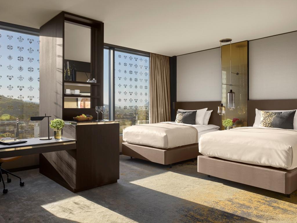 Otvoren ekskluzivni hotel u znaku pčele - Delta u izgradnju InterContinentala u Ljubljani uložila 50 mil EUR (FOTO)
