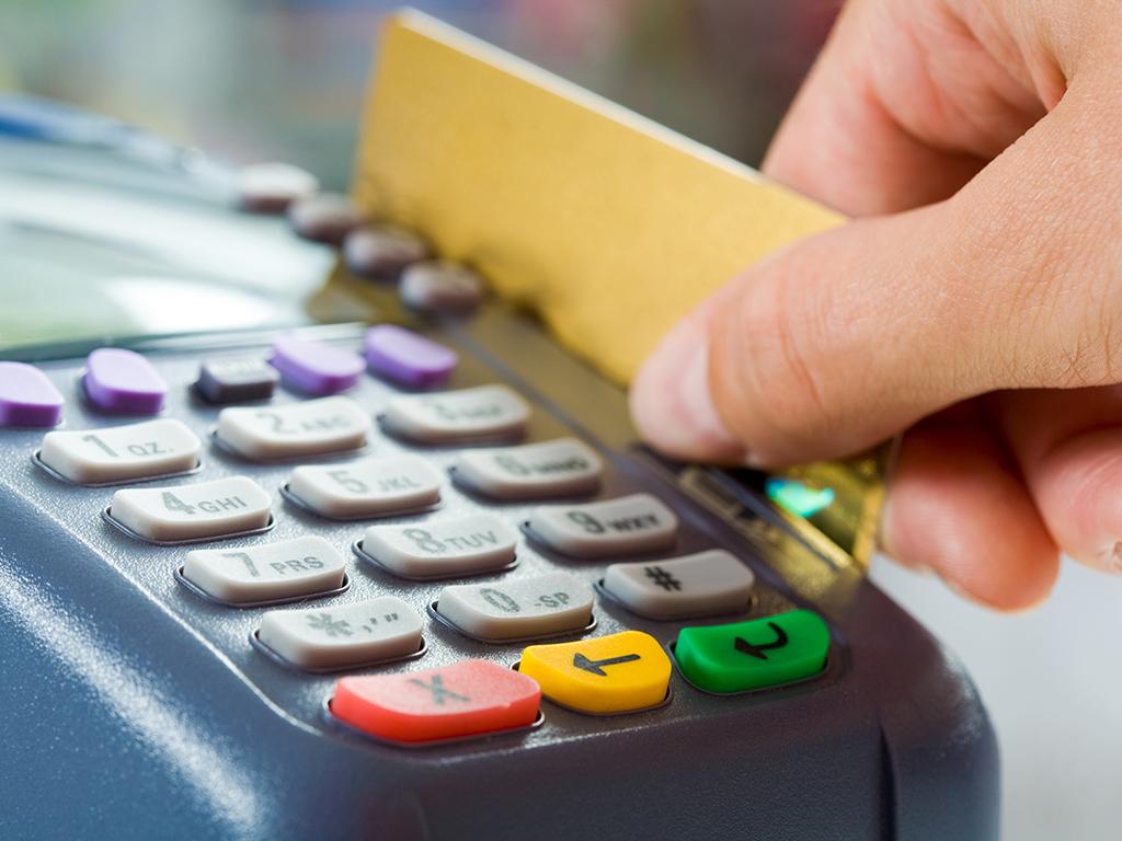 Srbija uvodi cash back uslugu - Omogućeno podizanje gotovine prilikom kupovine robe