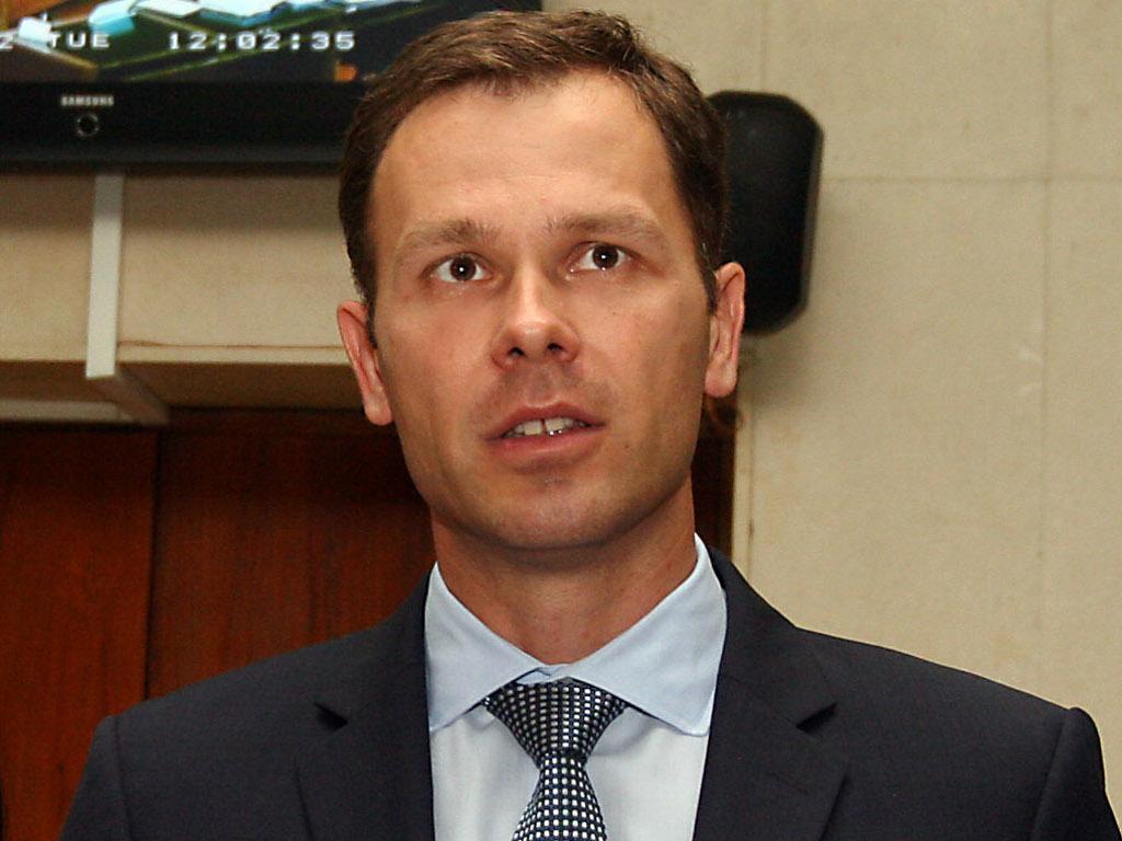 Siniša Mali, savetnik za privredu i finansije Aleksandra Vučića - Biografija
