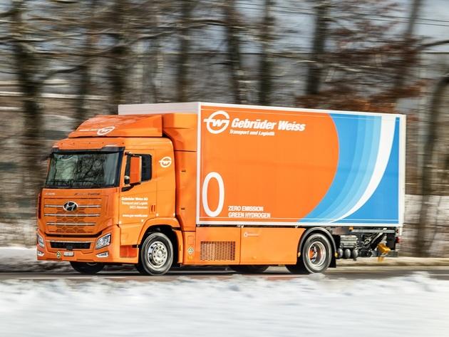 Kamion sa pogonskim gorivom na vodonik dizajniran da preveze 25 tona robe i sa dometom od 600 kilometara