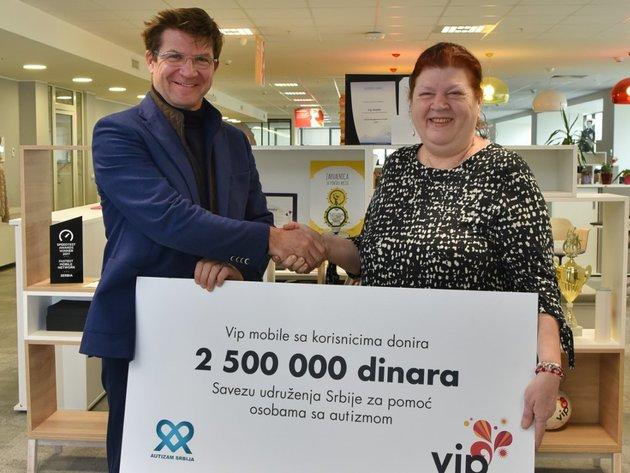 Vip mobile donirao 2,5 miliona dinara za podršku osobama sa autizmom