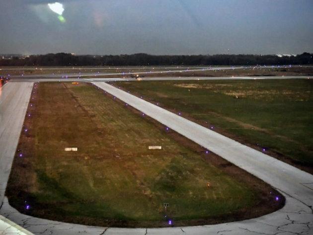 Završeno postavljanje svetlosne signalizacije na aerodromu u Batajnici
