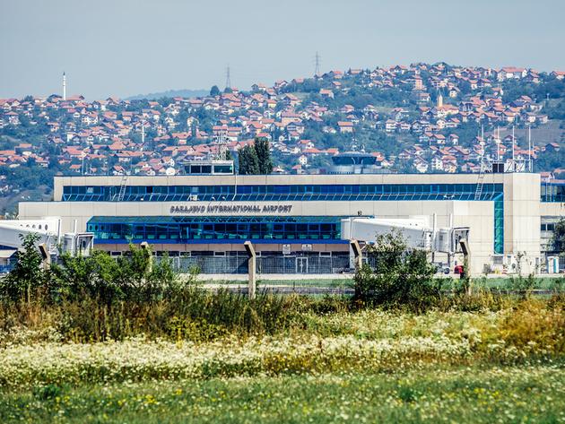 Broj putnika na aerodromima u FBiH u trećem kvartalu smanjen za 80% - Teretni promet povećan za skoro 30%