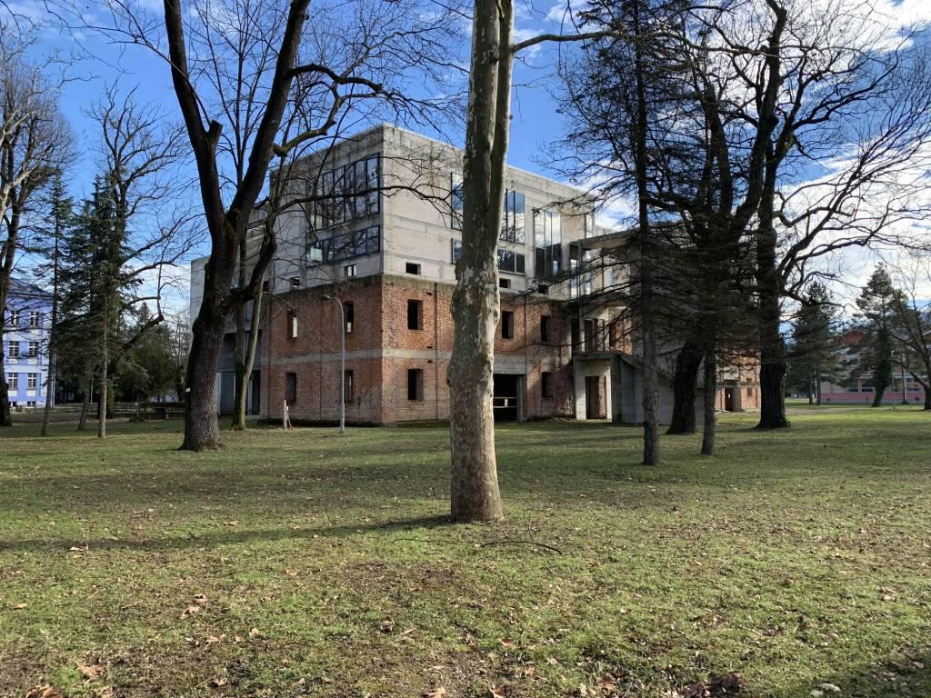 Objavljen tender za završetak radova na zgradi Arhitektonskog i Šumarskog fakulteta u Banjaluci - Vrijednost radova 5,8 mil KM