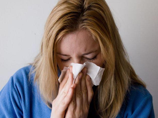 Šta raditi ukoliko vam je stalno začepljen nos? - 7 simptoma otkrivaju uzrok problema, a posebno treba obratiti pažnju na broj 4