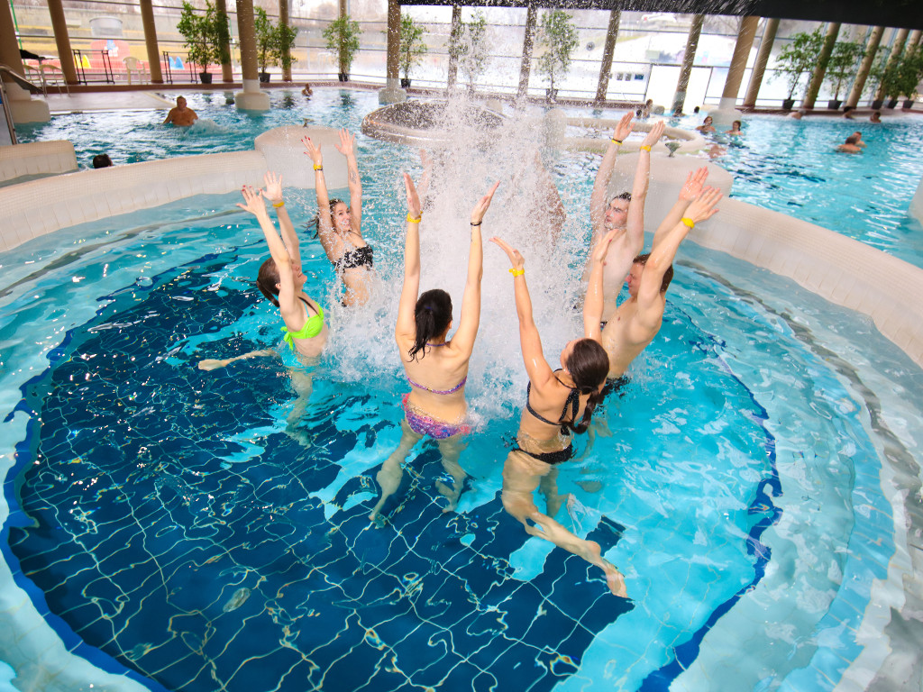 Hunguest Hotel Forras and Aquapolis water park in Szeged – Can extended weekends match annual vacations?