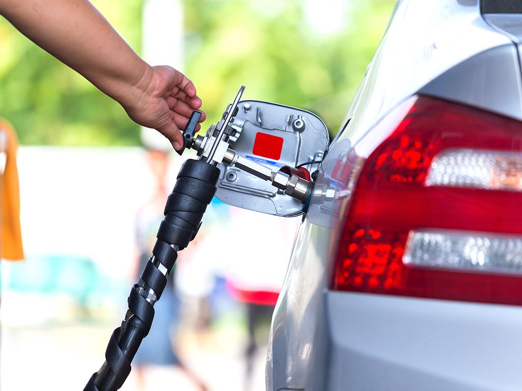 Sjeverna Makedonija uvodi ekološke naljepnice za vozila i subvencije za zamjenu starih automobila