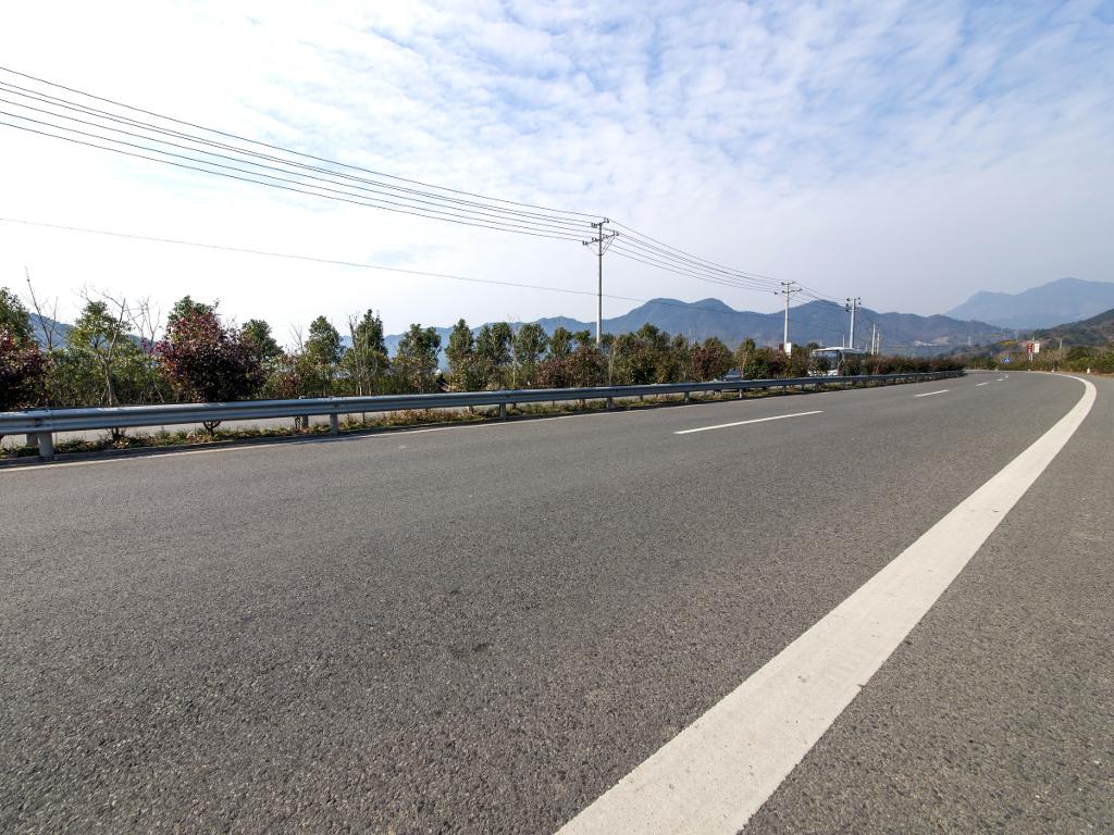 Srbiji bespovratno 40 mil EUR za autoput ka Prištini