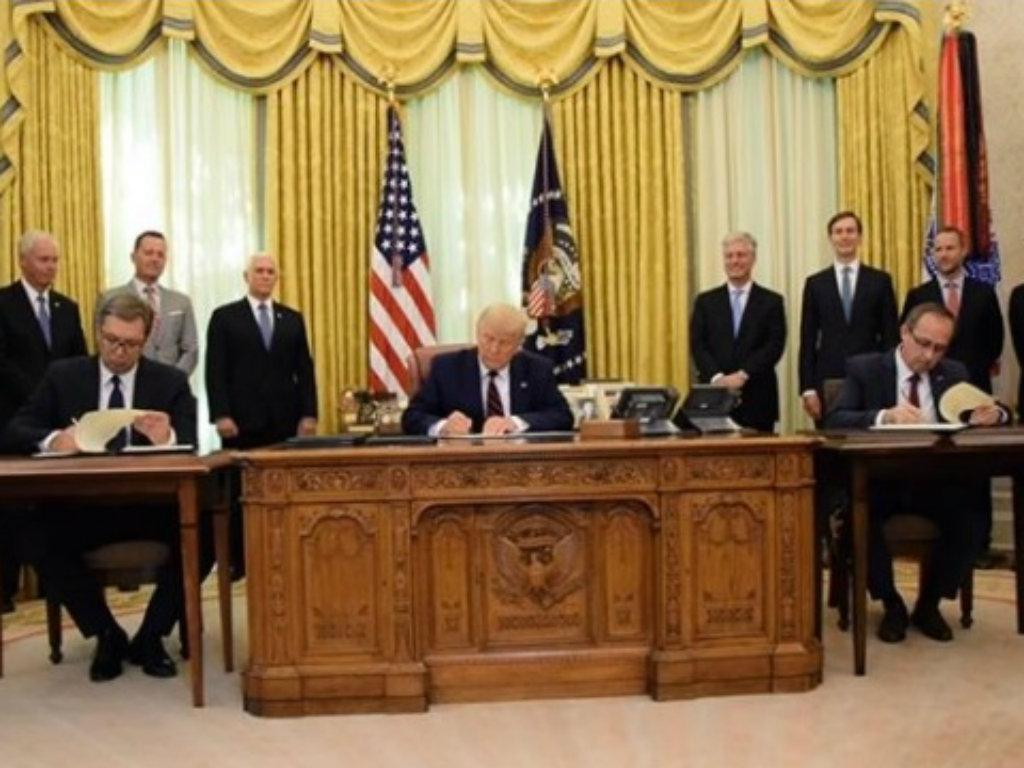 U Beloj kući potpisan sporazum o normalizaciji ekonomskih odnosa između Beograda i Prištine