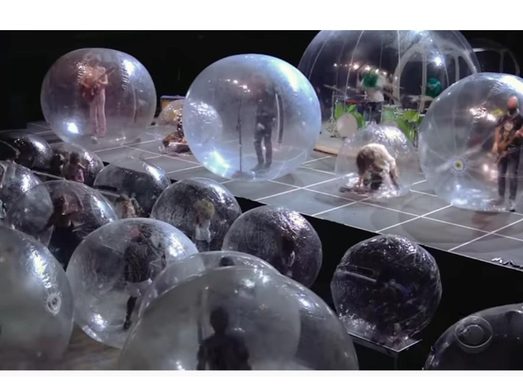 Budućnost donosi koncerte u balonima?