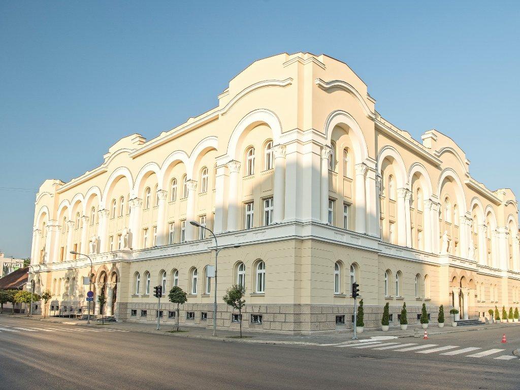 Fagus prozori sačuvali autentičan izgled Banskog dvora