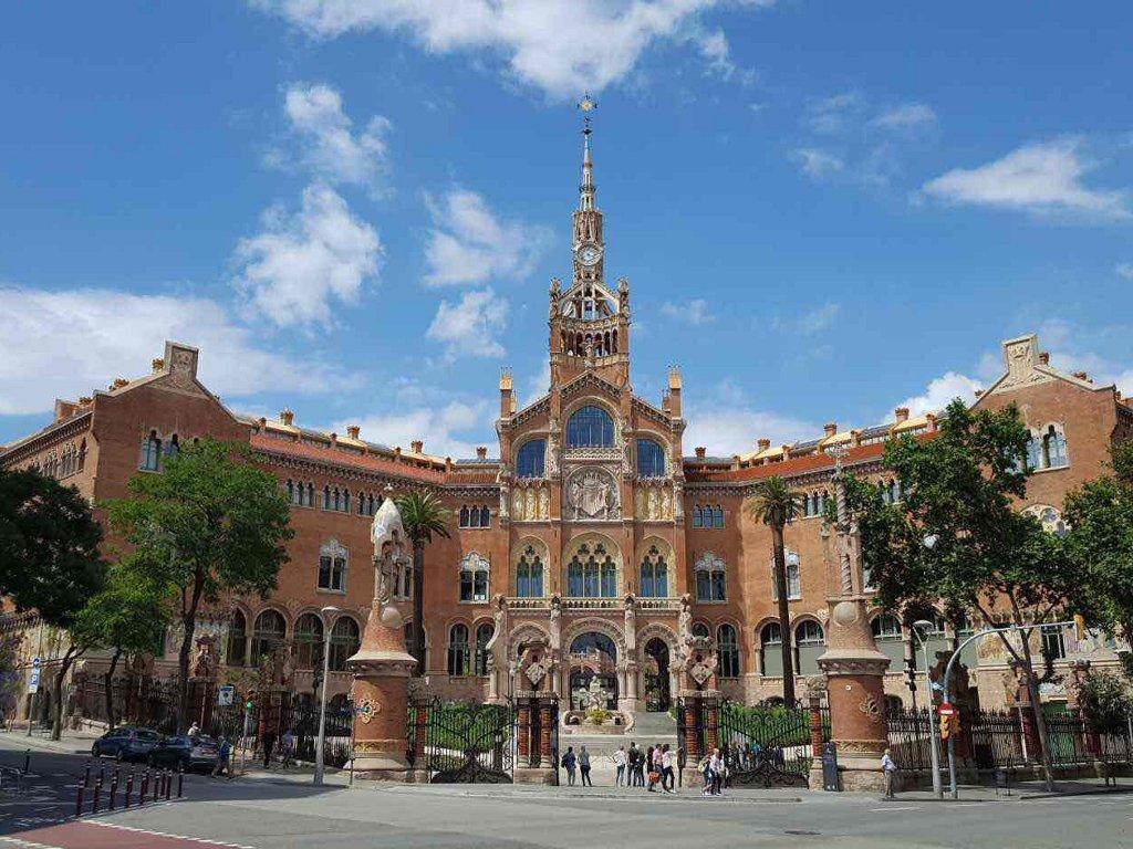 Španija na dve nedelje zaustavlja industriju i građevinarstvo
