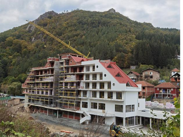 Radovi na hotelu u Lukovskoj banji