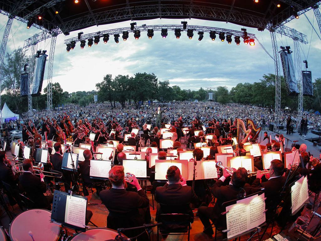 Rund 40.000 besuchen das zweite Picknick der Belgrader Philharmonie