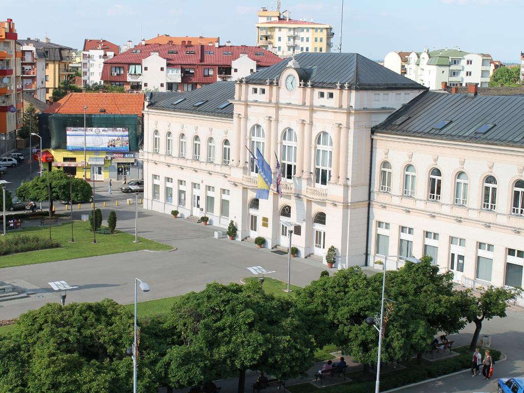 Lakši pristup gradskim uslugama - Dogovoreno uvođenje ChatBot tehnologije u Bijeljini i Laktašima