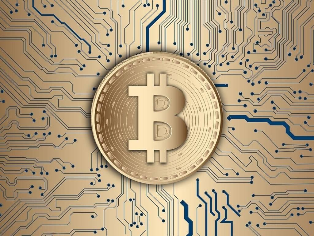 Bitkoin pao više od 6% - Eter bilježi pad od 7%
