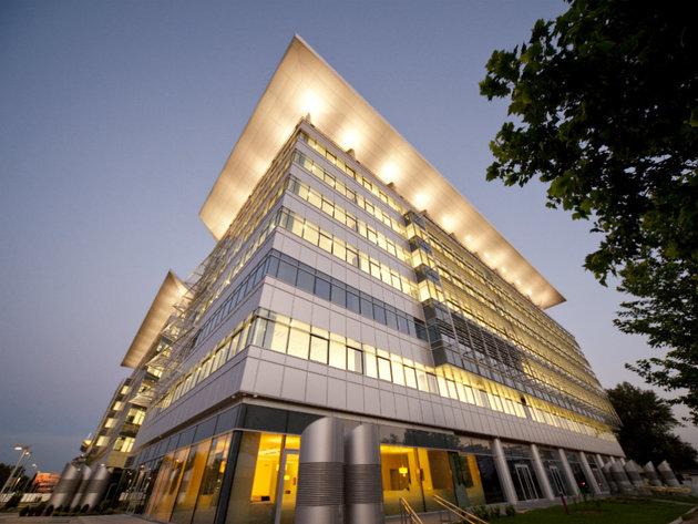 Blue Center, prvoklasna poslovna zgrada na Novom Beogradu