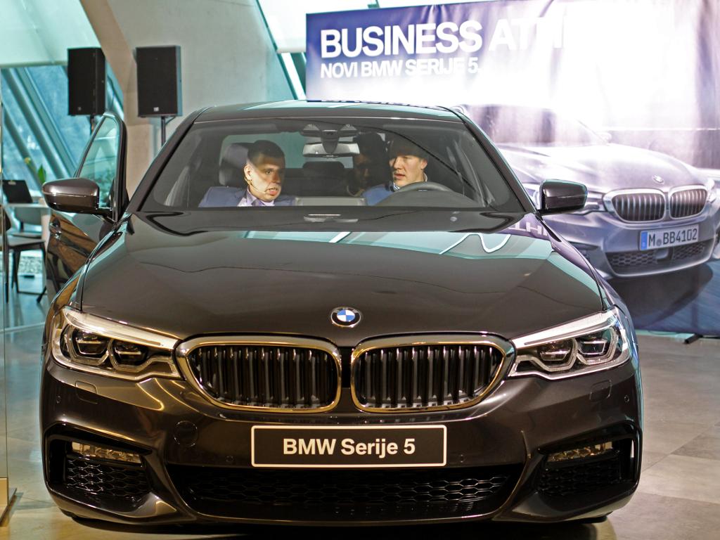 Premijerno predstavljen novi BMW Serije 5 (FOTO)