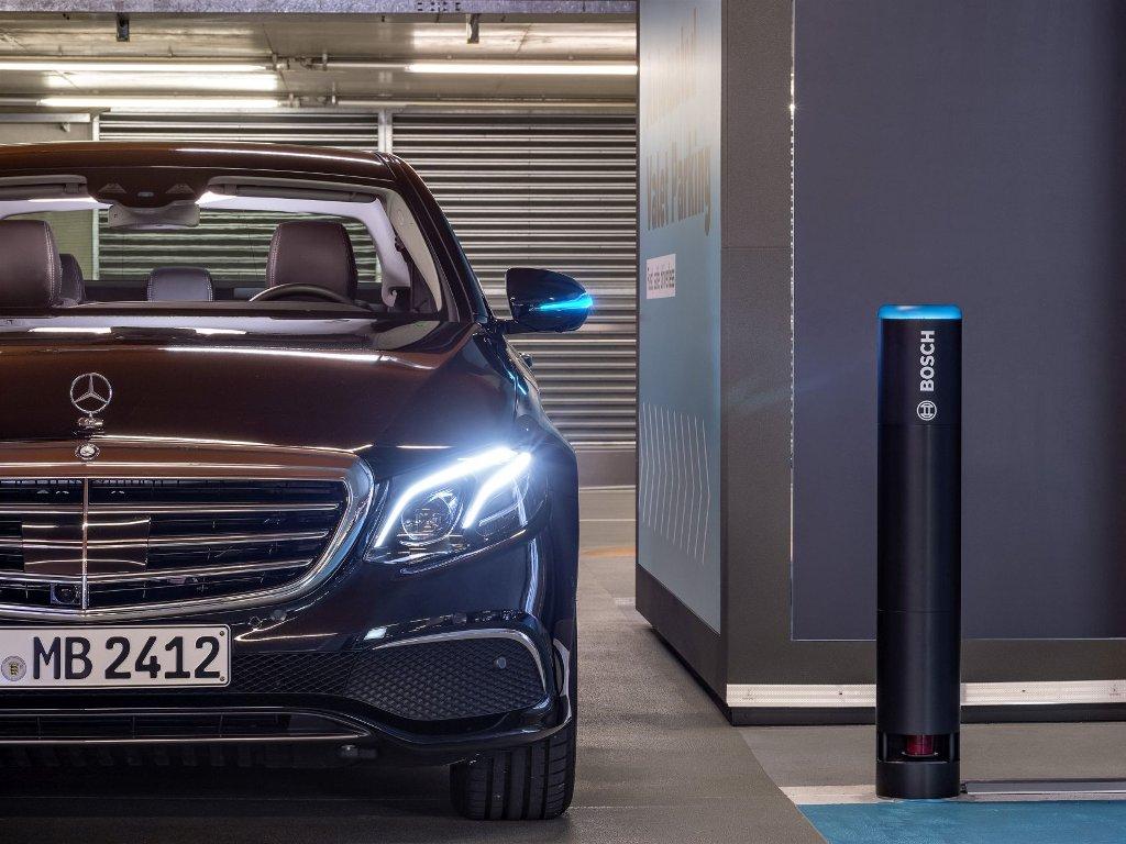 Njemački proizvođač luksuznih automobila Daimler otpušta 15.000 radnika
