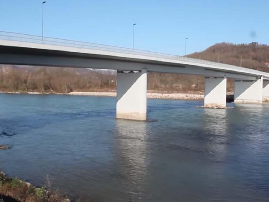 Dva nova granična prelaza trebalo bi da budu završena do aprila - Mostovi kod Gradiške i Rače na proljeće 2022.