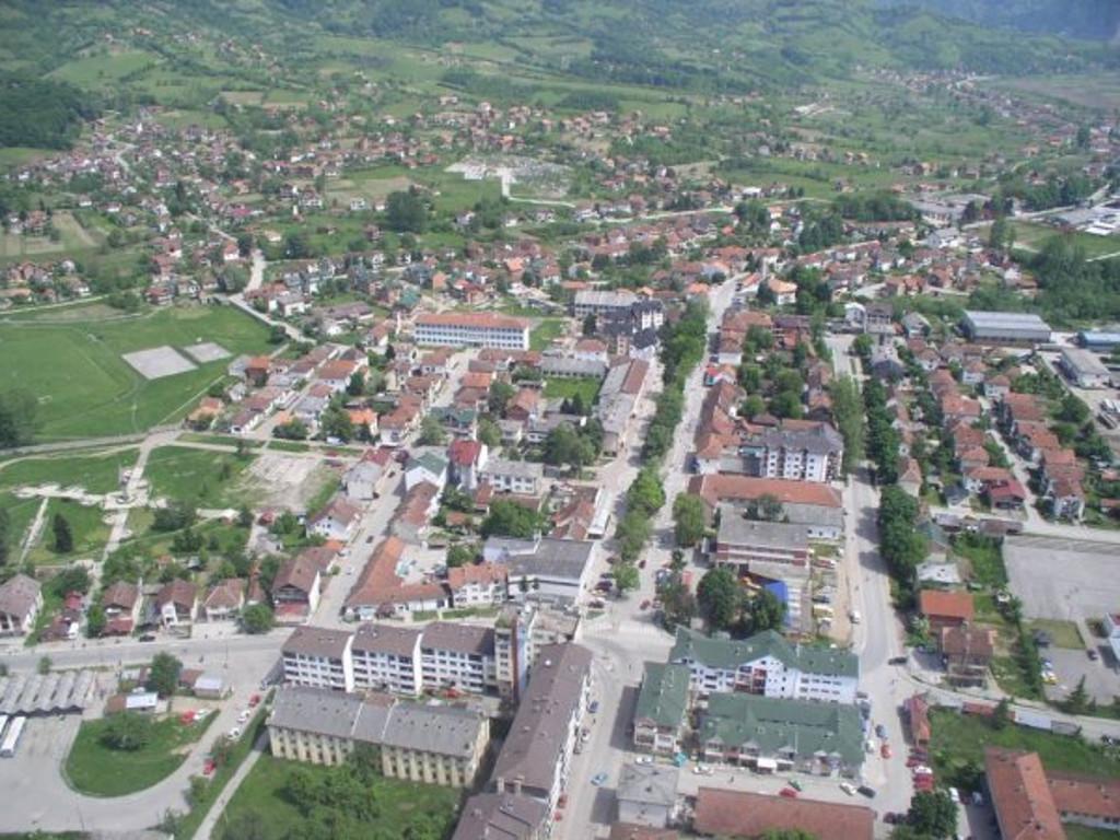 Bratunac traži banku za kreditno zaduženje - Novac namijenjen za izgradnju opštinske zgrade i kupovinu zemljišta za bescarinsku zonu