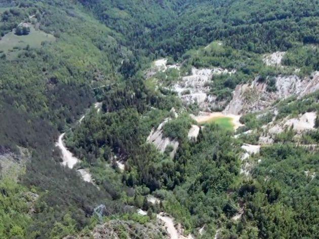 Rudnik će se nalaziti na brdima iznad Mojkovca, daleko od urbanog područja
