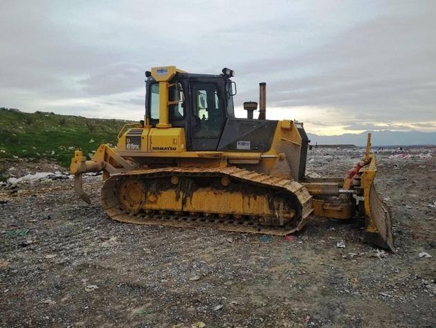 Na deponiji Livade u funkciji novi buldožer za tretiranje komunalnog otpada na sanitarnim kadama