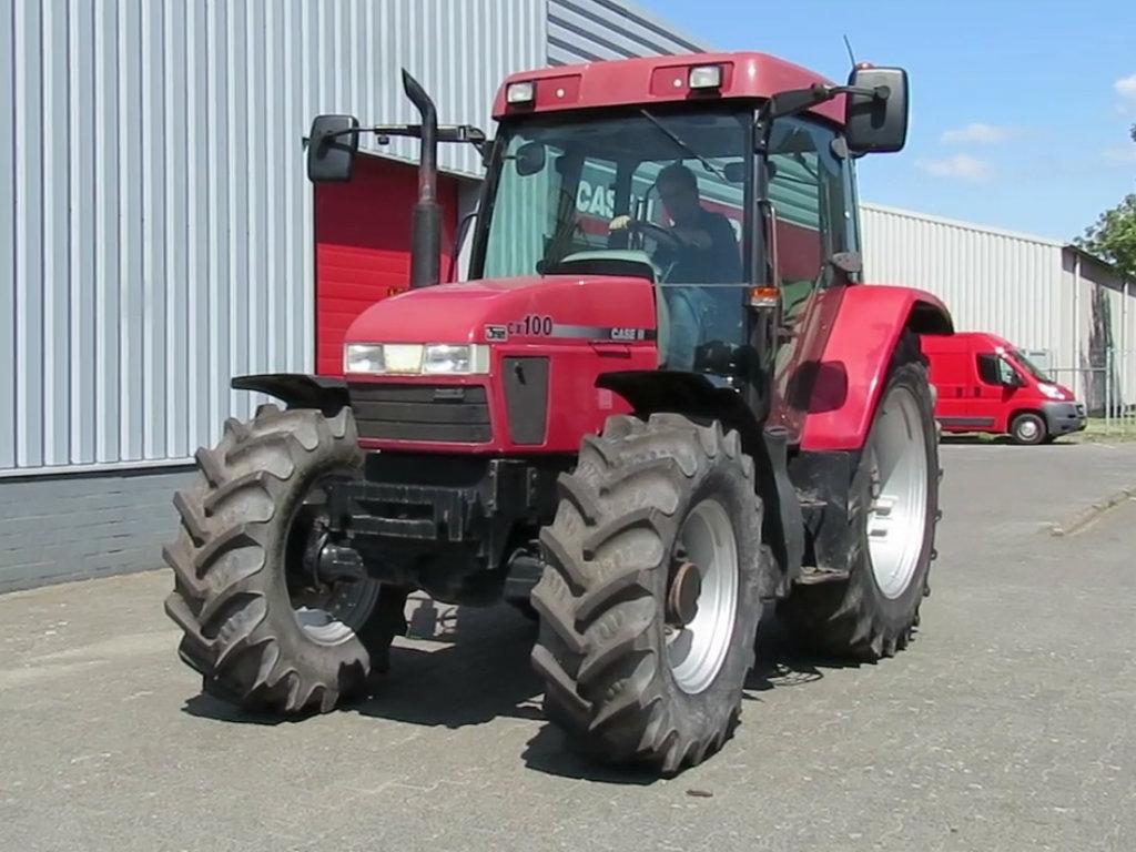 Agrouniverzal posao distributer Case IH traktora za područje centralne Srbije