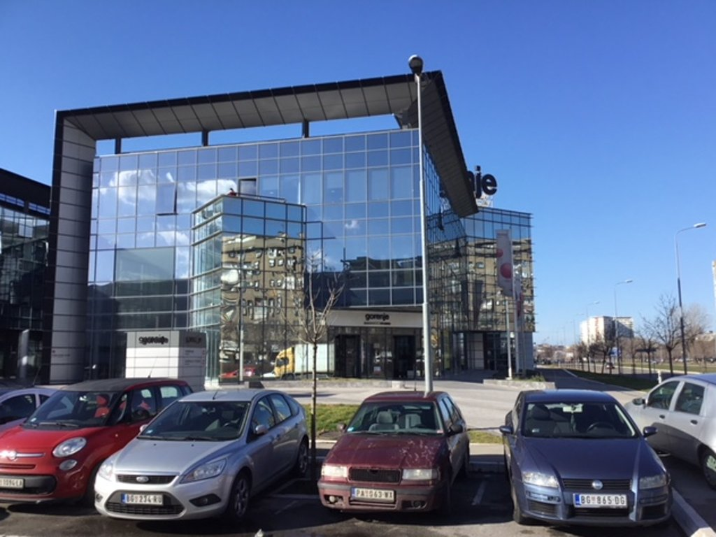 Office building in Milutina Milankovica Blvd in New Belgrade being sold