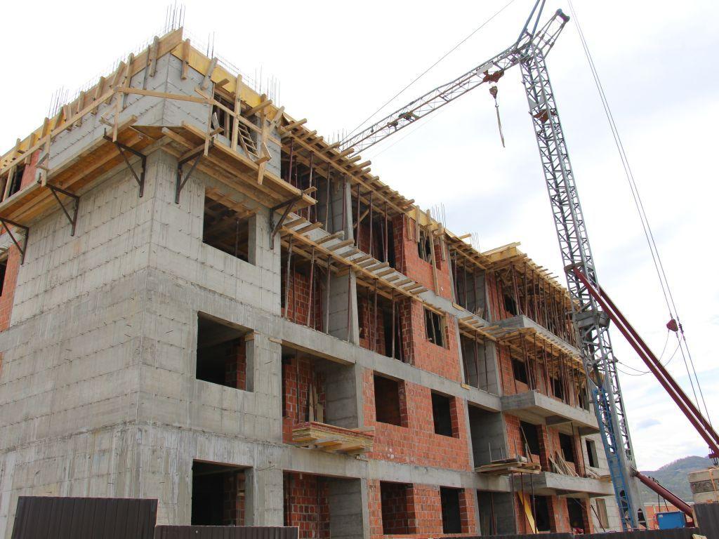 Izgradnja stanova u okviru CEB-2 projekta biće gotova polovinom 2022. - Kreće i gradnja 56 kuća za povratnike