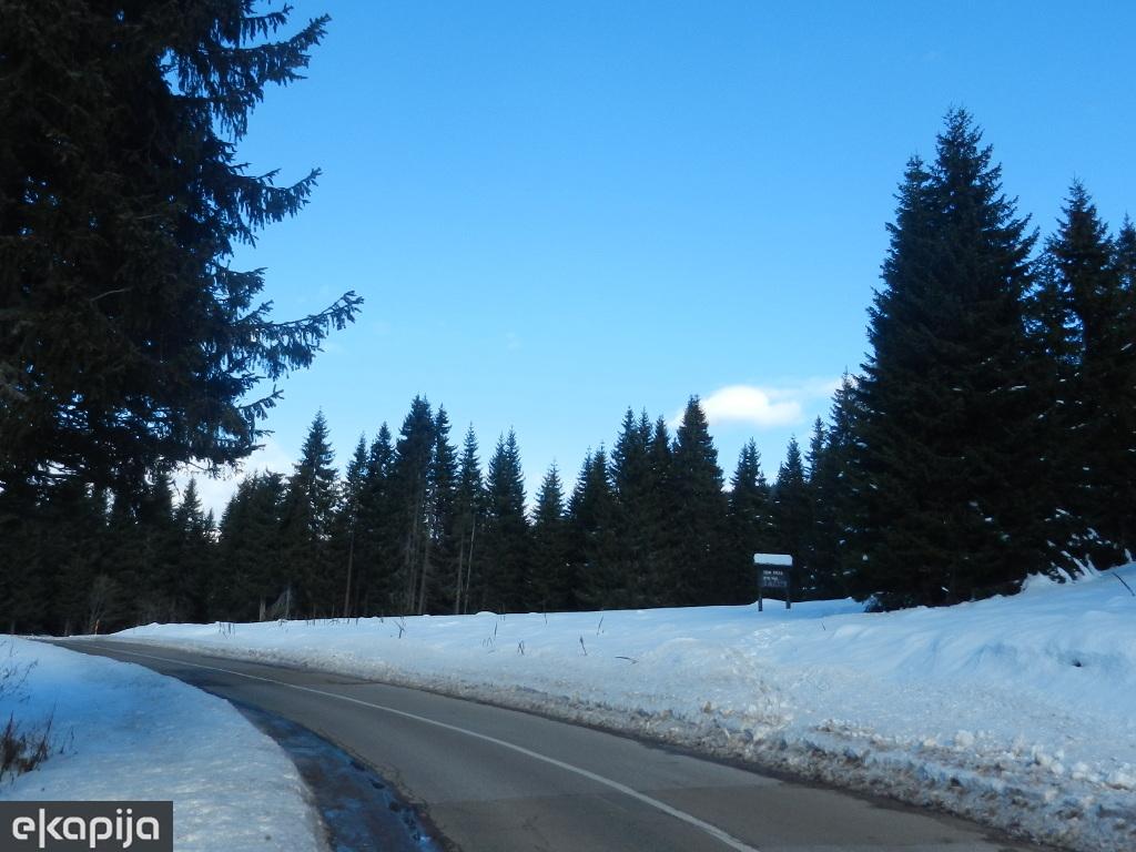 """Muški spust sa Midžora - Stara planina čeka izgradnju skijališta i turističkog centra """"Golema reka"""""""