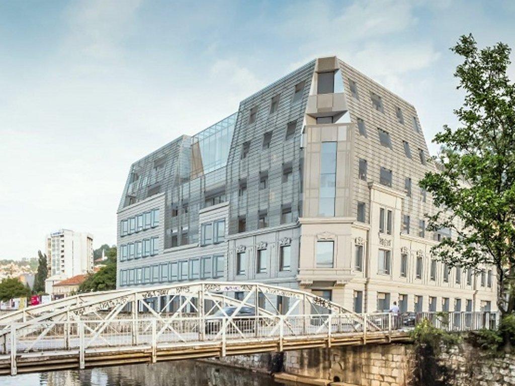 Na proljeće 2021. gotova gradnja stambeno-poslovnog objekta na Čobaniji (FOTO)