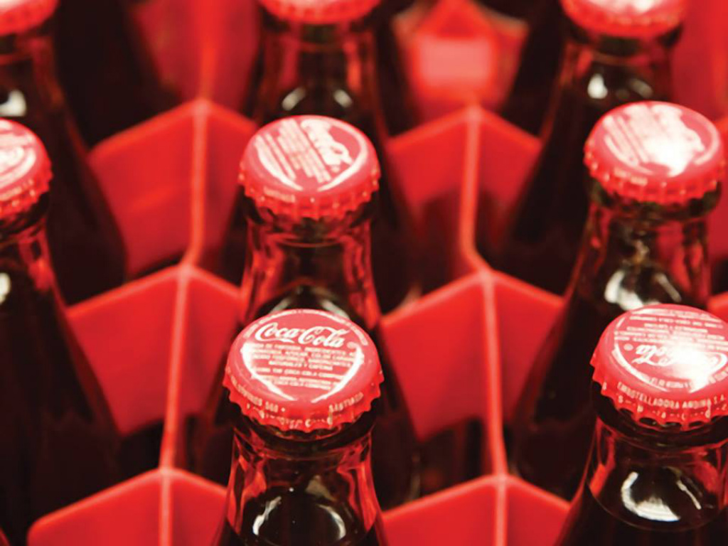Coca-Cola nimmt Produktion von alkoholischen Getränken auf? - Experimentelles Getränk zunächst in Japan