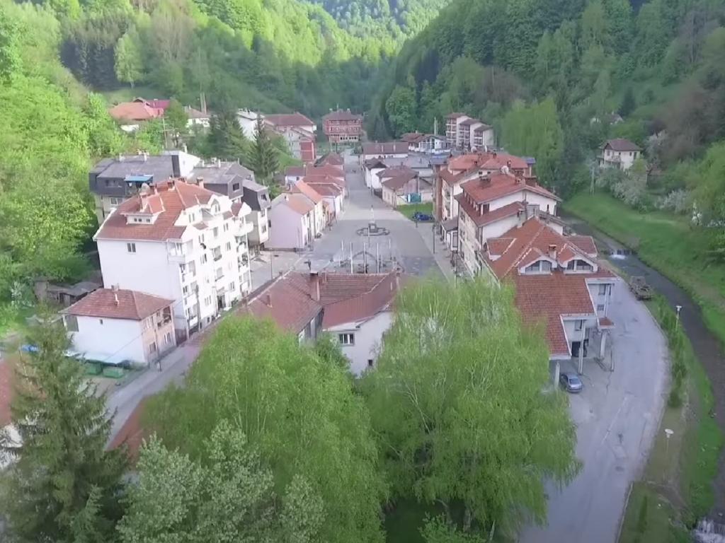 Investicije u Crnoj Travi za razvoj najmanje opštine na jugu Srbije - Tražiće se strateški partneri za pokretanje proizvodnje u dve fabrike