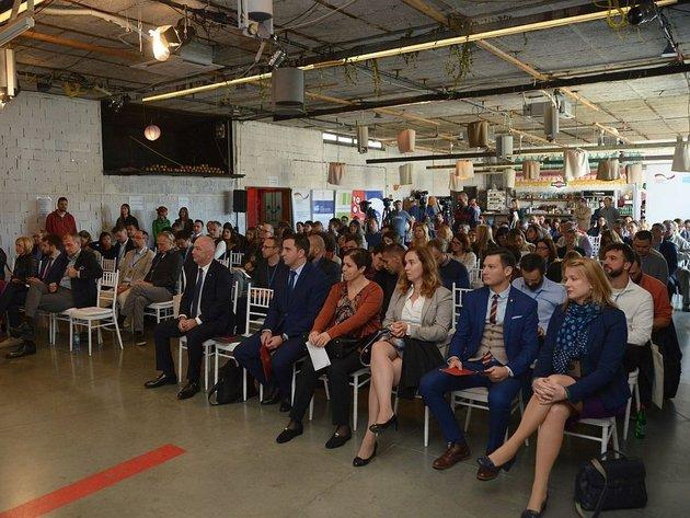 Veliki potencijal za rast grupnog finansiranja u Srbiji - Najbrojniji umetnički projekti, najuspešnije kampanje video i društvenih igara