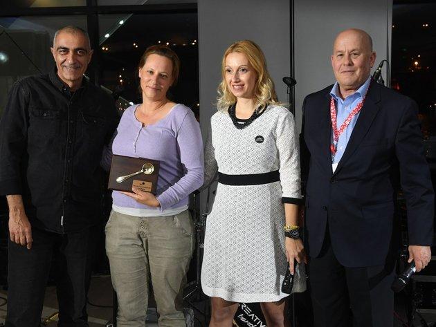 Erster Kaffee-Cupping in Serbien - Vertreterin von Israel zur besten erklärt