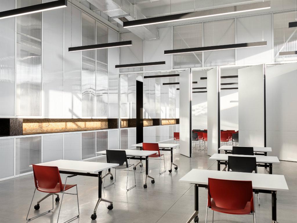 Brisanje jasnih granica između poslovnog prostora i dokolice - Kako izgleda savremeni prostor u kojem radimo?