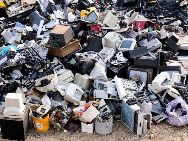 Kako rešiti problem industrijskog otpada u Srbiji?