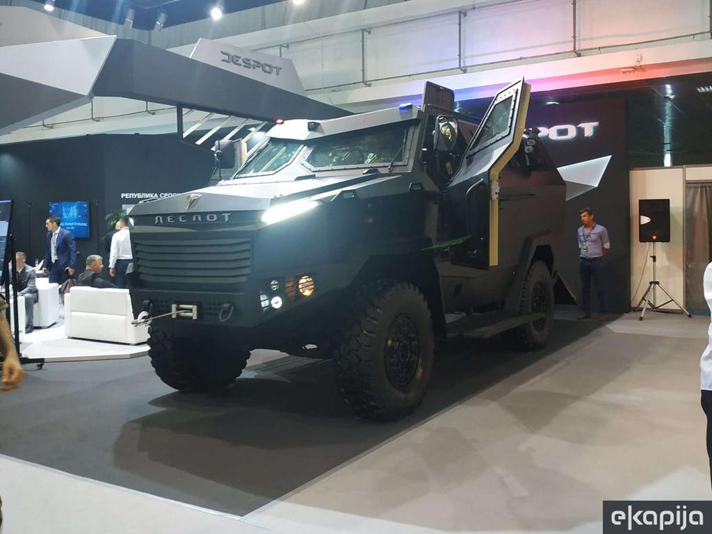 Tri države žele Despota - Uskoro ugovori za isporuku oklopnih vozila iz Bratunca