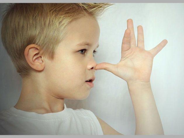 Znakovi koji ukazuju da je vaše dete drsko i bezobrazno