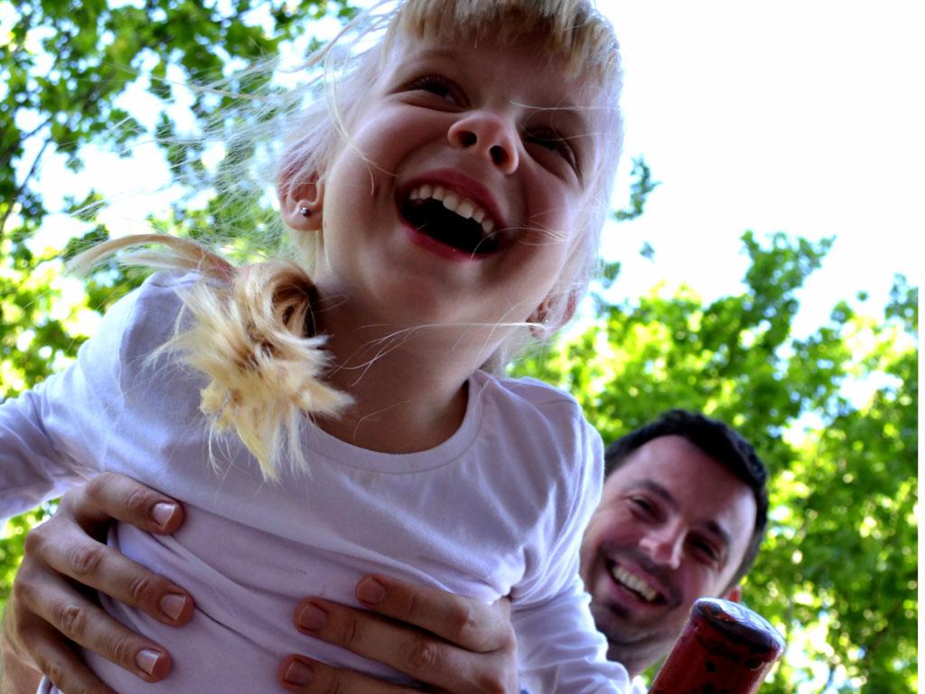 Merdian donira dječije igralište u banjalučkom naselju Lazarevo
