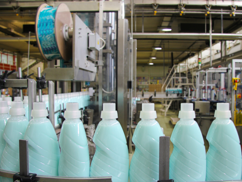 Odobrena državna subvencija od 14,4 mil EUR kompaniji Henkel za proširenje kapaciteta fabrike u Kruševcu