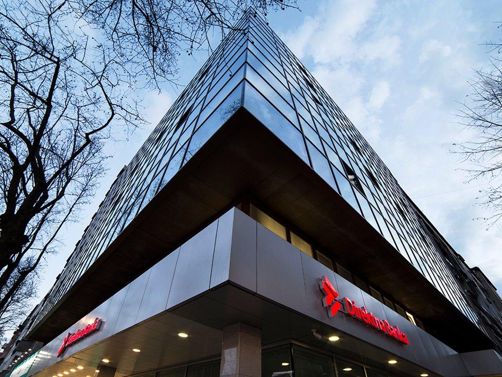 Direktna banka i zvanično vlasnik Piraeus banke Beograd - Konačno spajanje u novembru 2018.