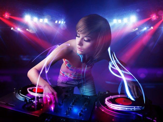 Vještačka inteligencija zna kako se pravi muzički hit?