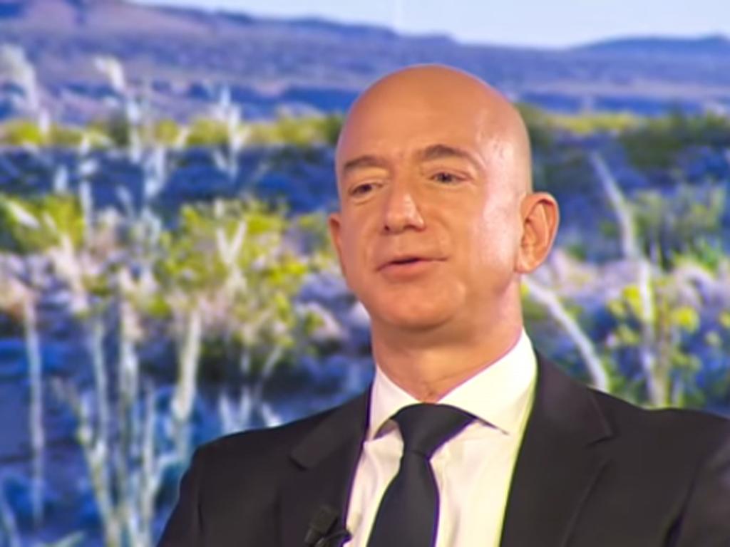 Džef Bezos od ljeta više neće biti generalni direktor Amazona