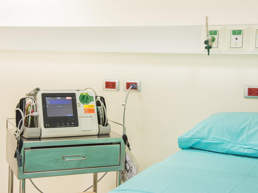 Vlasnici malih hidroelektrana iz Foče donirali opremu Univerzitetskoj bolnici