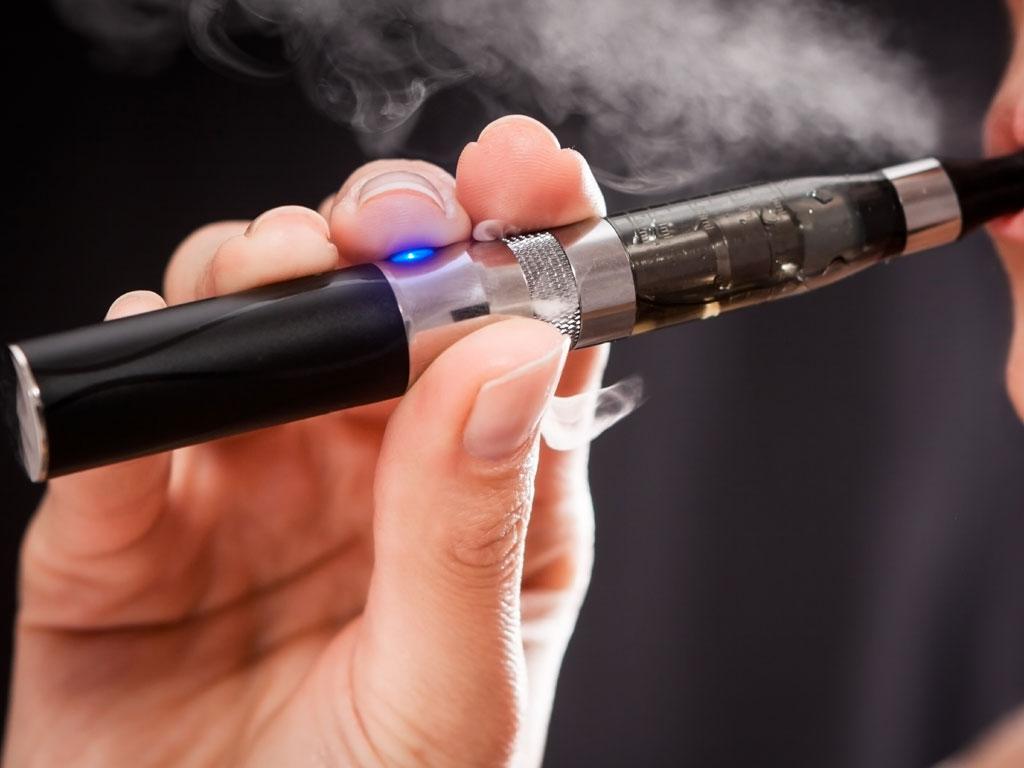 Svjetska zdravstvena organizacija apeluje - Elektronske cigarete su štetne