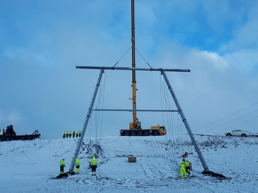 Radnici Elnosa iz Banjaluke i Skoplja grade dalekovod dug 121 km na Islandu