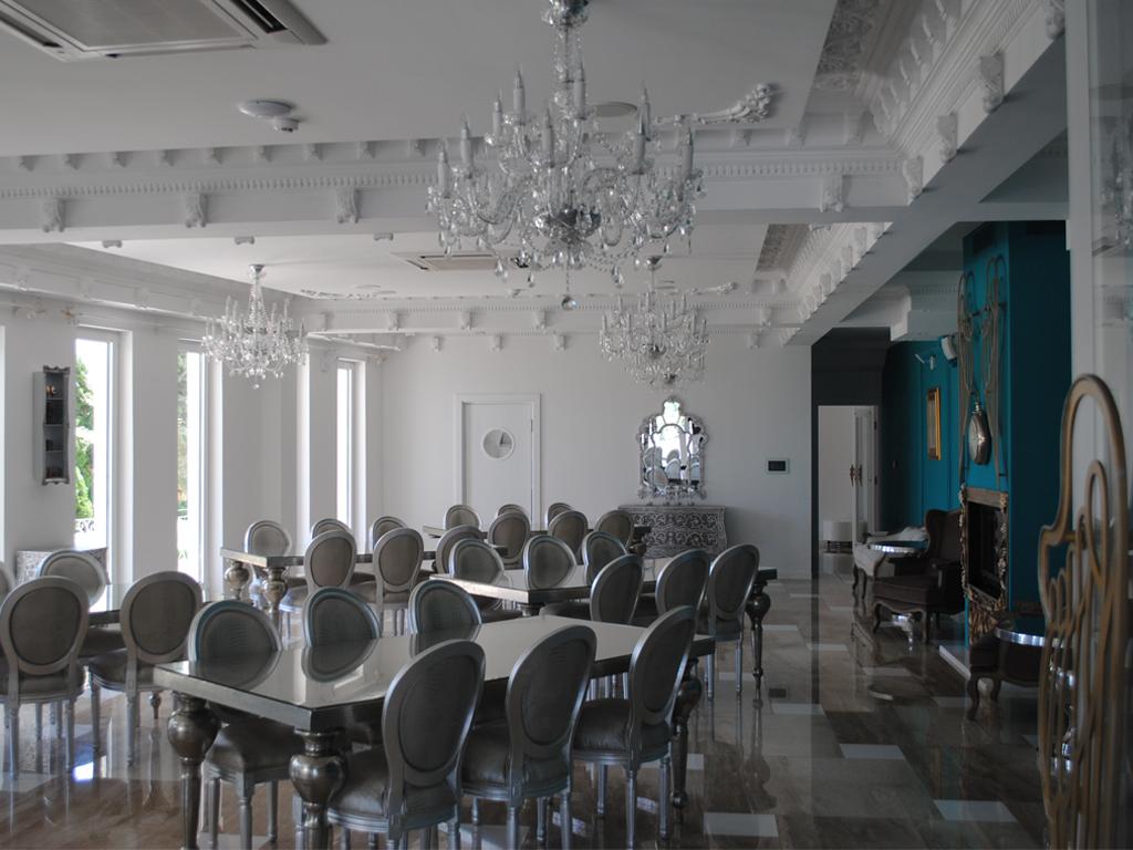 Saint Gobain - Spoj tradicije i savremenosti za gimnaziju u Novom Sadu